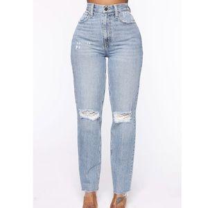Fashion Nova Mom Jeans Size 11